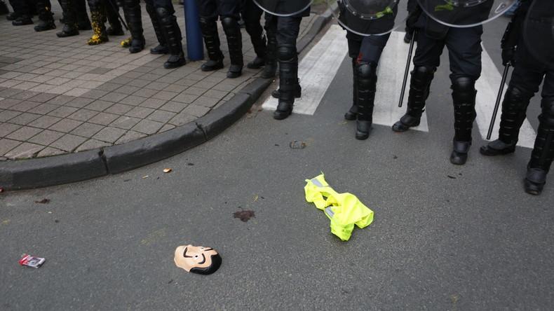 Belgien: Lkw-Fahrer nach tödlichem Unfall mit Gelbwesten-Demonstrant auf Flucht