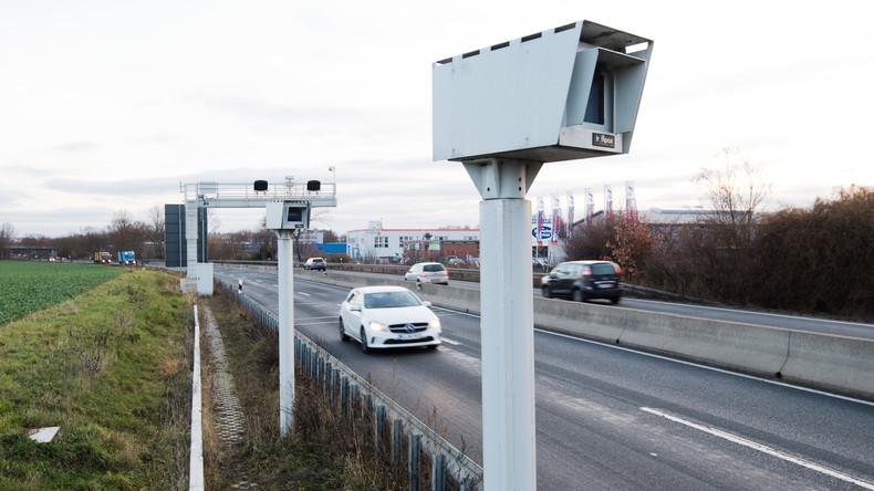 Bundesweit erstes Streckenradar bei Hannover in Betrieb genommen