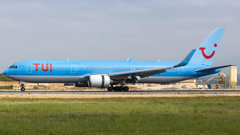 Drei Sitze im Flugzeug einfach nicht da – Familie verbringt zweistündigen TUI-Flug auf dem Boden