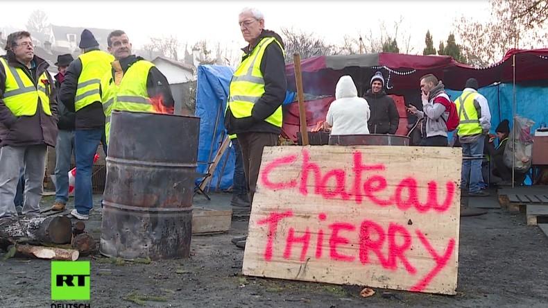Château-Thierry: Französische Kleinstadt kooperiert mit den Gelbwesten (Video)