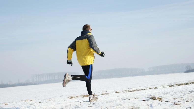 Aufgetaut: Sportler läuft 50 Kilometer bei minus 60 Grad Celsius als Spendenlauf