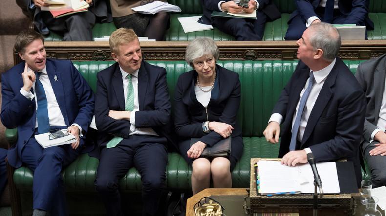 LIVE ab 14 Uhr: Theresa May muss sich nach Brexit-Debakel Misstrauensvotum im Parlament stellen