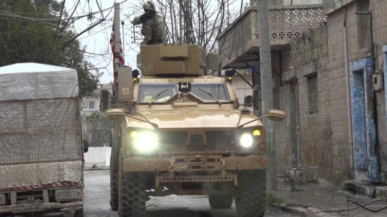 Syrien: US-Truppen patrouillieren Anschlagsort nach tödlichem Angriff auf Truppen in Manbidsch