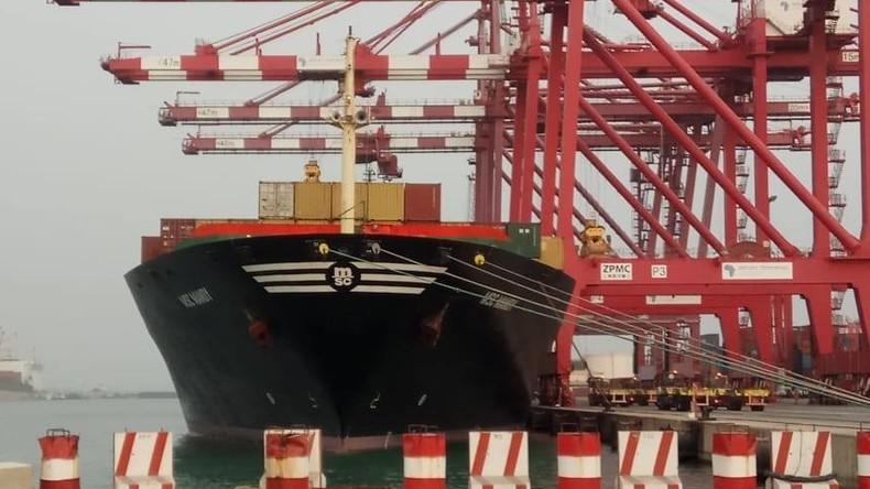Piraten fordern Lösegeld für Seeleute aus Russland, die im Golf von Guinea entführt wurden