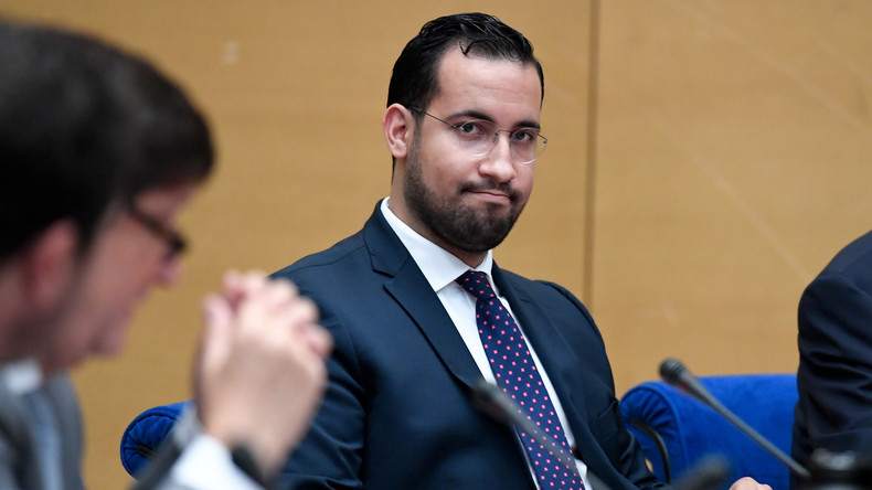 Ex-Mitarbeiter Macrons Benalla wegen Diplomatenpässen in Polizeigewahrsam