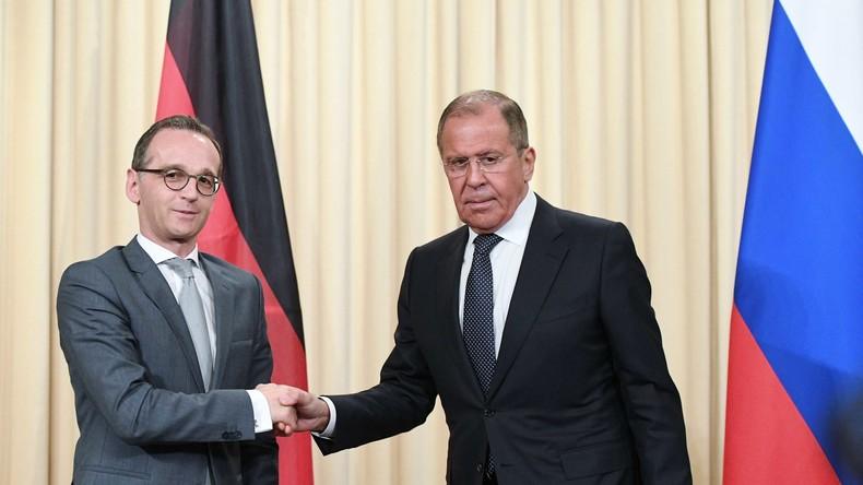 Sergei Lawrow und Heiko Maas geben Pressekonferenz in Moskau (mit Simultanübersetzung)