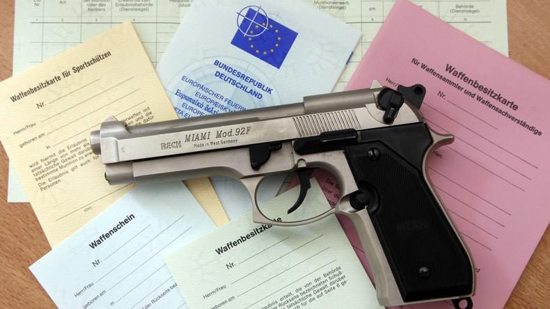 -Entwaffnungs-Diktat-der-EU-Schweizer-erzwingen-Referendum-ber-Versch-rfung-des-Waffengesetzes