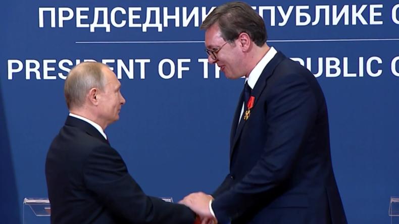 Putin verleiht Vučić den Alexander-Newski-Orden