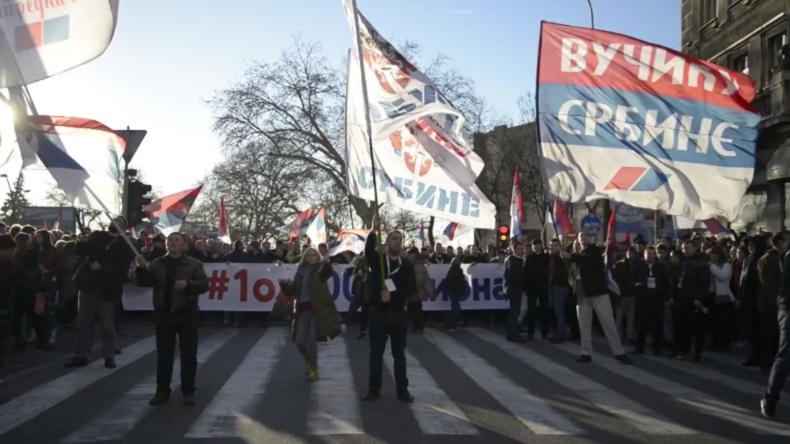 Serbien: Putin in Belgrad als Held begrüßt
