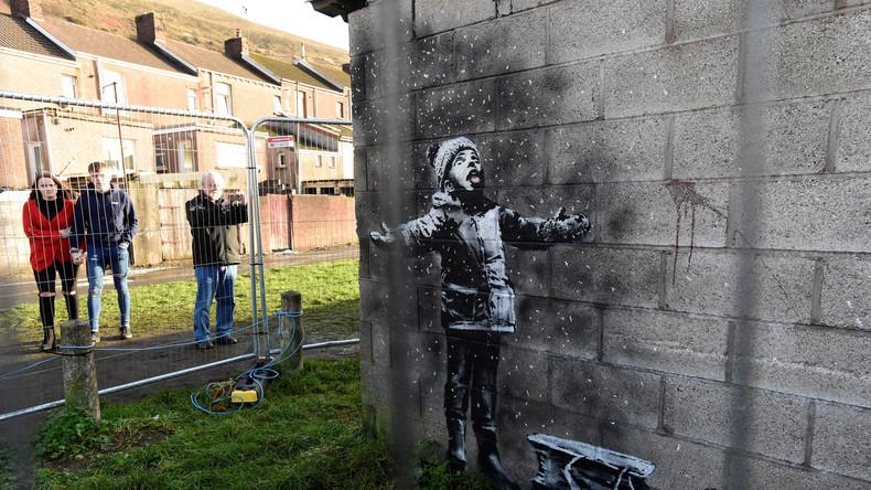 Schöne Bescherung – vor Weihnachten gemaltes Banksy-Bild auf Garage für sechsstellige Summe verkauft