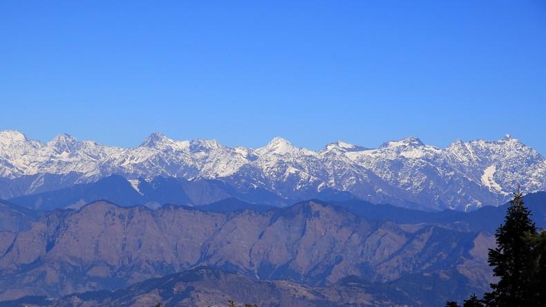 Mindestens vier Tote bei Lawinenunglück im Himalaya