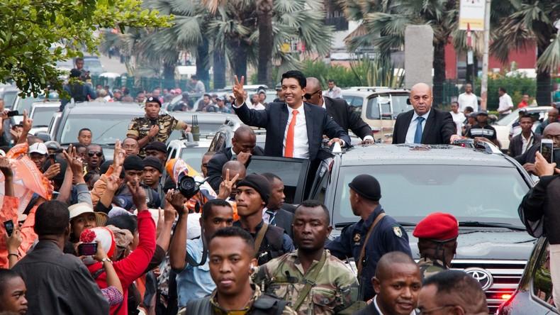 Madagaskars neuer Präsident Rajoelina vereidigt