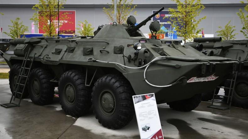 Russischer Radpanzer stürzt in Schlucht in Abchasien – drei Tote (Video)