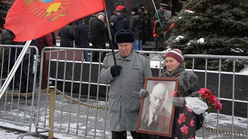"""""""Er stört niemanden. Lasst ihn bleiben"""": Abgeordnete lehnen Idee zur Beerdigung Lenins ab"""