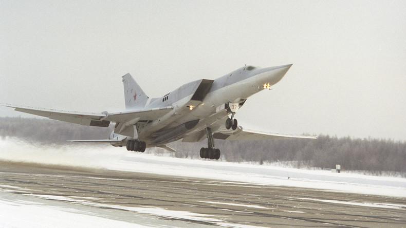 Russland: Unbewaffneter Überschallbomber stürzt ab - Drei Tote