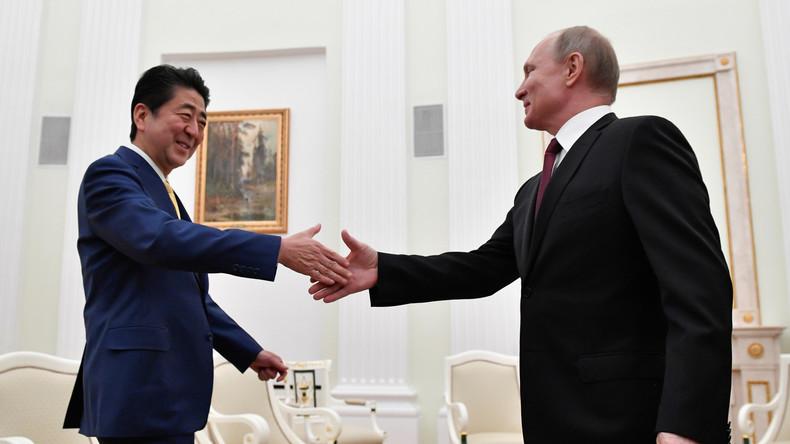 Putin und Abe diskutieren Friedensvertrag zwischen Russland und Japan