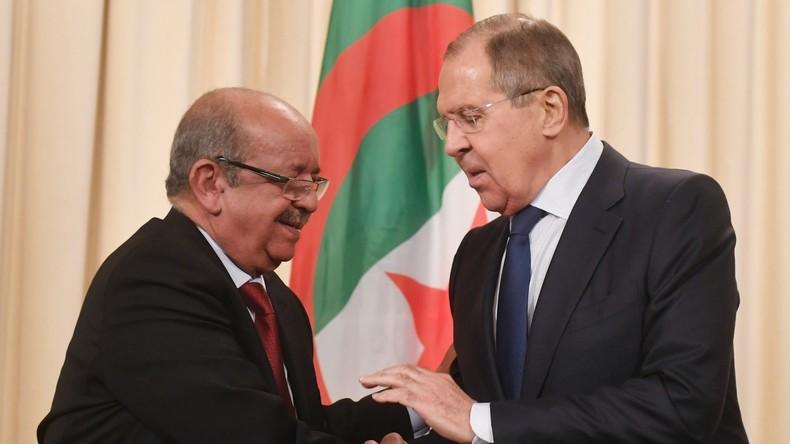 LIVE: Russischer und algerischer Außenminister geben gemeinsame Pressekonferenz