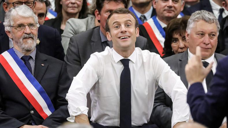 Emmanuel Macron: Ein Wiedergänger Louis' XVI.? (Video)