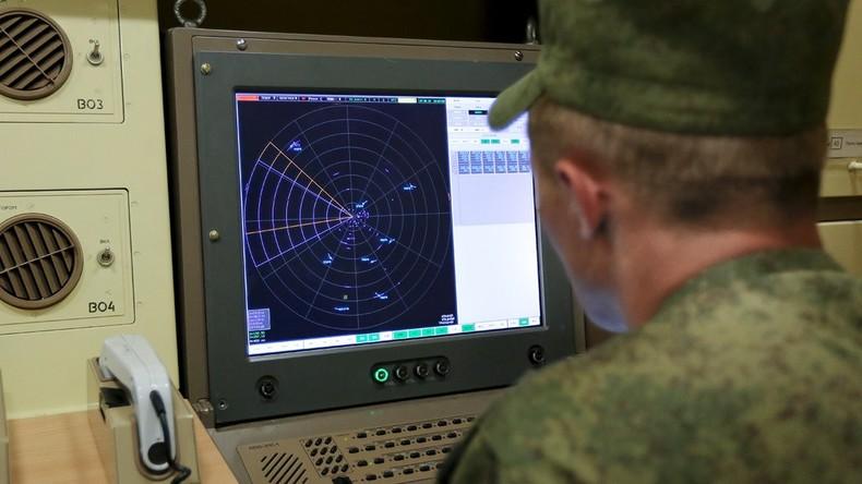 Militärübung bei klirrender Kälte in Russlands Zentralem Militärbezirk