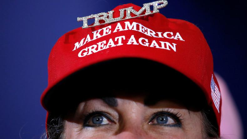 """""""MAGA-Mütze"""": Das neue Hassobjekt vermeintlich Progressiver in den USA (Video)"""