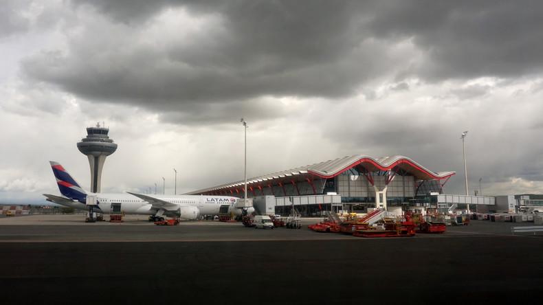 Interesse? Madrider Flughafen sucht Besitzer eines Flugzeugs