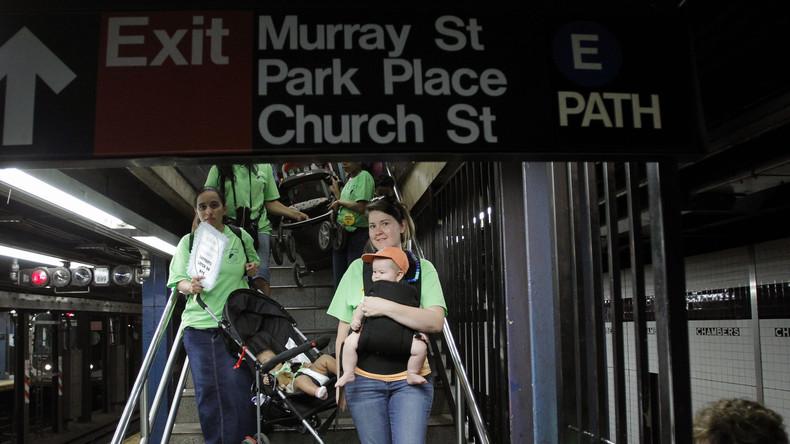 """""""Hätte jede treffen können"""": Mutter stirbt nach Treppensturz mit Kinderwagen in New Yorker Metro"""