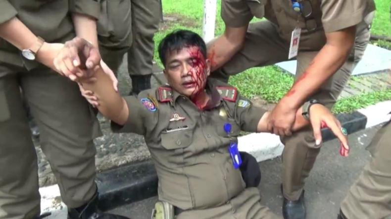 Indonesien: Studenten fordern kostenlose Gesundheitsversorgung – Zusammenstöße mit der Polizei
