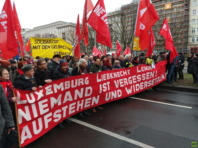 100 Jahre nach ihrer Ermordung: Tausende ehren Luxemburg und Liebknecht in Berlin