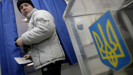 Bald nicht mehr möglich: Die Abstimmung im ukrainischen Wahllokal in der südrussischen Stadt Rostow am Don bei der letzten Präsidentschaftswahl am 25. Mai 2014.