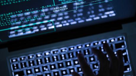 Hacker-Angriff auf Hunderte deutsche Politiker (Symbolbild)