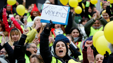 Frauen der Gelbwesten-Bewegung protestieren gegen die Gewalt, 6. Januar 2019.