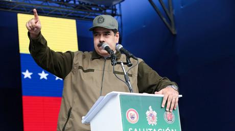 Venezuelas Präsident Nicolas Maduro spricht vor Mitgliedern der Bolivarischen Nationalarmee in Caracas, 28. Dezember 2018.