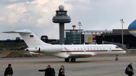 Neue Flugzeug-Panne: Flieger von Entwicklungsminister Gerd Müller nach Landung in Sambia defekt (Archivbild)