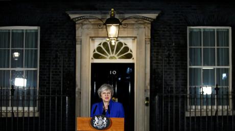 Theresa May am späten Mittwochabend bei dem Statement vor ihrem Amtssitz