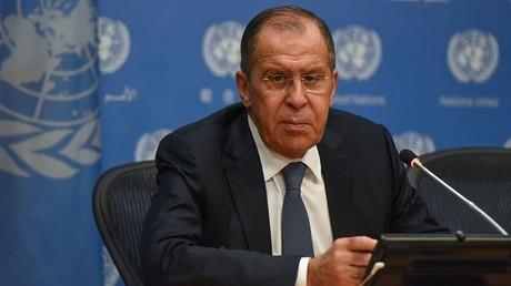 Der russische Außenminister Sergey Lawrow hält während der Generalversammlung der Vereinten Nationen am 28. September 2018 in New York City ein Pressegespräch ab.
