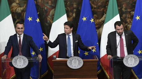 Italiens Regierung beschließt Grundeinkommen und Rentenreform