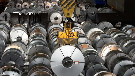 Stahlwalzen im Werk der Salzgitter AG