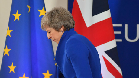 Die britische Premierministerin Theresa May bei einer Pressekonferenz im Anschluss an eine Sondertagung des Europäischen Rates am 25. November 2018 in Brüssel.