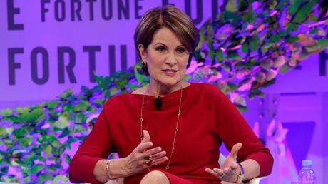 Marillyn Hewson, Vorstandsvorsitzende und Präsidentin des weltweit größten Rüstungskonzerns Lockheed Martin, spricht auf dem Treffen der