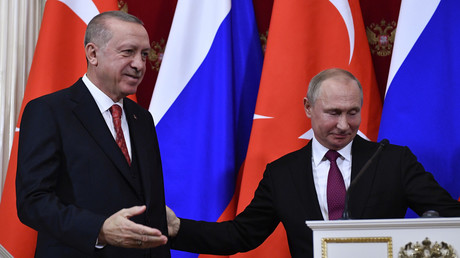 Der russische Präsident Wladimir Putin und sein türkischer Amtskollege Recep Tayyip Erdoğan nach einer gemeinsamen Pressekonferenz im Kreml in Moskau am 23. Januar 2019