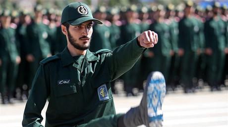 Soldat der Iranischen Revolutionsgarden, Teheran, Iran, 30. Juni 2018