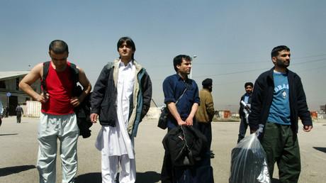 Symbolbild: Abgeschobene Afghanen nach ihrer Ankunft in Kabul, Afghanistan