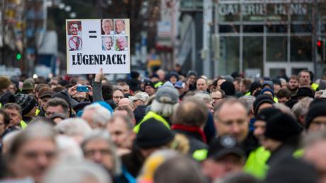 Demonstranten in Stuttgart am 26. Januar