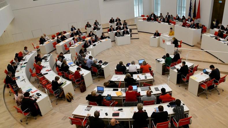 Gleichberechtigung per Gesetz: Brandenburg beschließt Parität für Kandidatenlisten