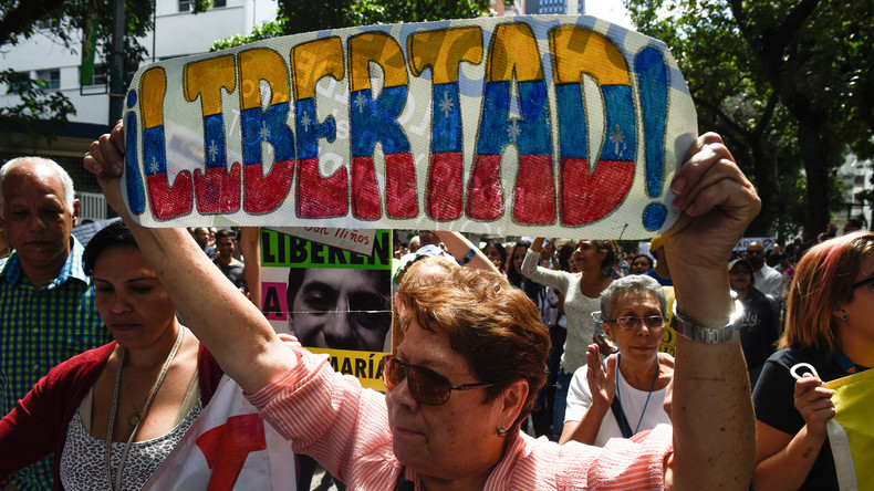 Maduro statt Assad: US-Regime Change in Venezuela verläuft nach üblichem Schema (Video)