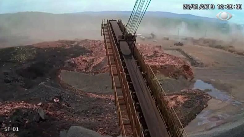 Brasilien: Schockierende Aufnahmen zeigen Schlammlawine nach Dammbruch