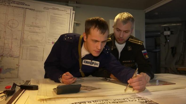Russische Korvette Stojki: Raketenschießübung in der Ostsee