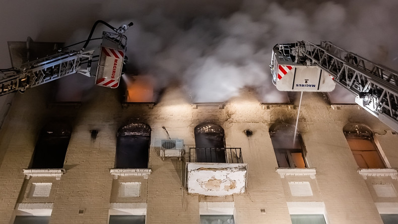 Acht Tote bei Brand in Moskau
