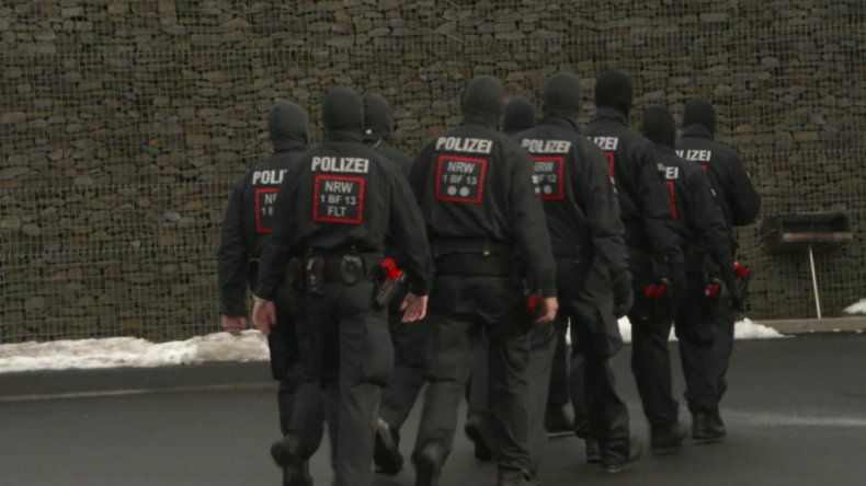 Deutschland: Nordrhein-Westfalen präsentiert Spezial-Sondereinheit der Bereitschaftspolizei