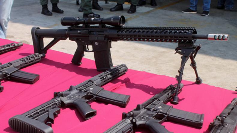 Trump verspricht Unterstützung: US-Waffenlieferungen von venezolanischen Behörden beschlagnahmt